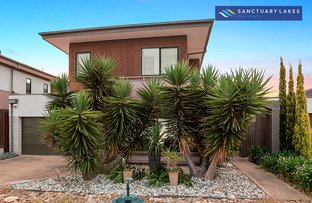 Picture of 39 Spinnaker Rise, Sanctuary Lakes VIC 3030