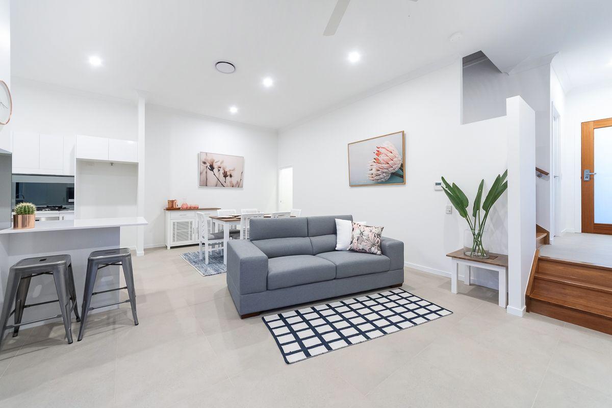 1/2 Pilgrim Place, Southport QLD 4215, Image 1