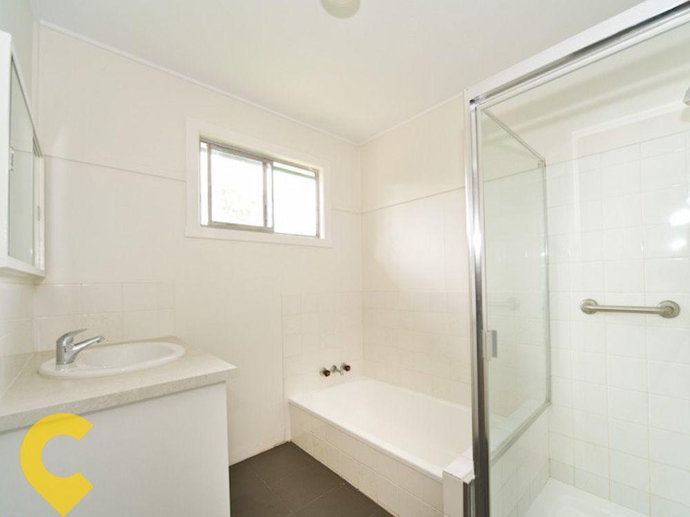 2 Salway Street, Stafford Heights QLD 4053, Image 2