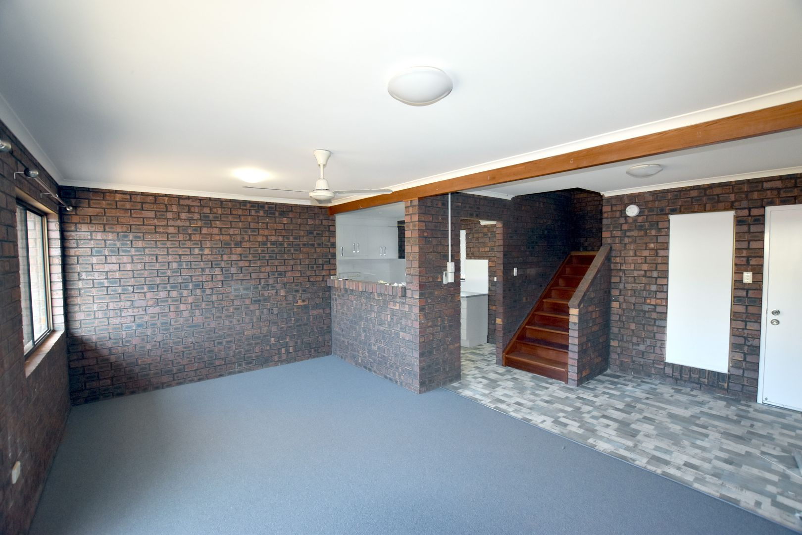 6/5 Luscombe Court, New Auckland QLD 4680, Image 0