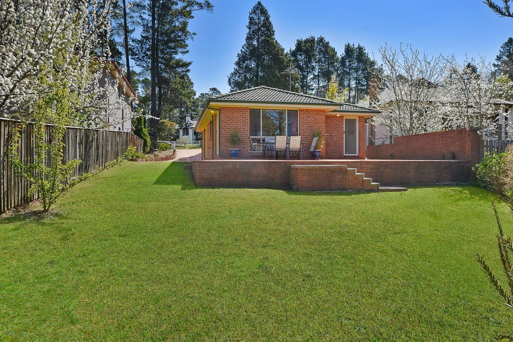 4 Pritchard St, Wentworth Falls NSW 2782, Image 1