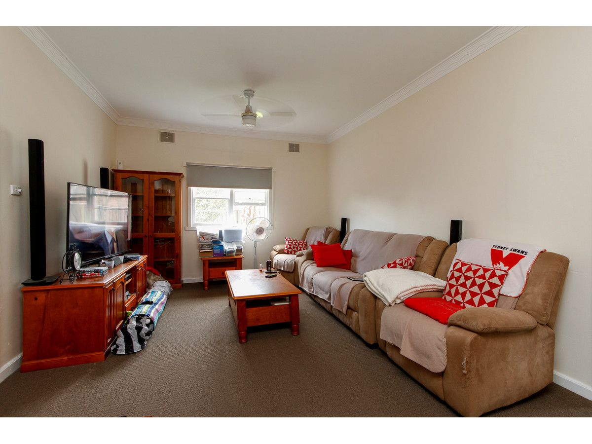 262 Guthridge Parade, Sale VIC 3850, Image 2