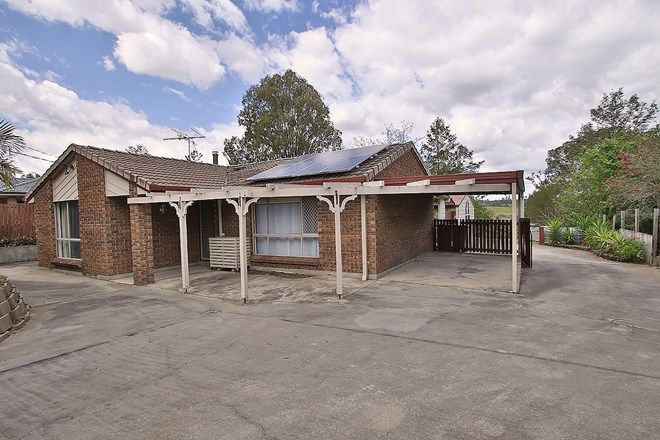 Picture of 113 Riverside Avenue, BARELLAN POINT QLD 4306
