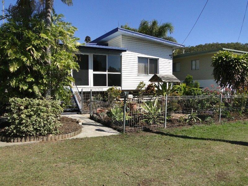 215 OAKA STREET, South Gladstone QLD 4680, Image 8