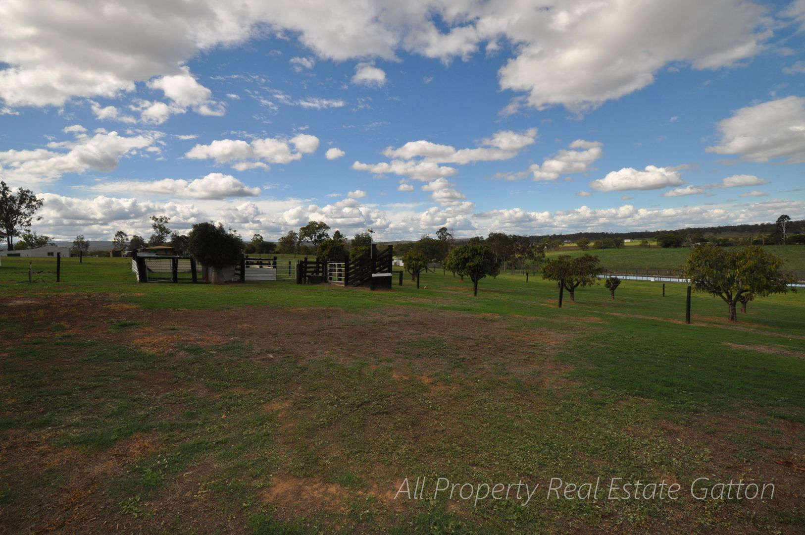 44 Brassingtons Road, Carpendale QLD 4344, Image 2