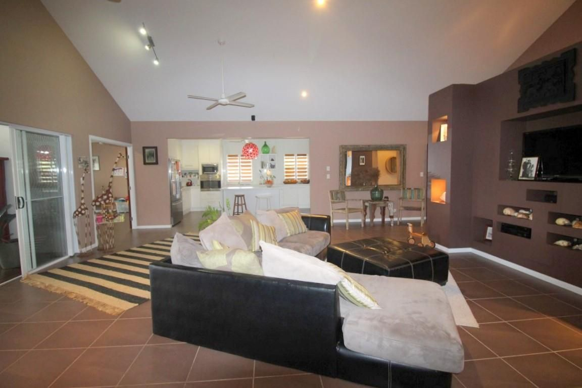 22 Mariner Drive, South Mission Beach QLD 4852, Image 1