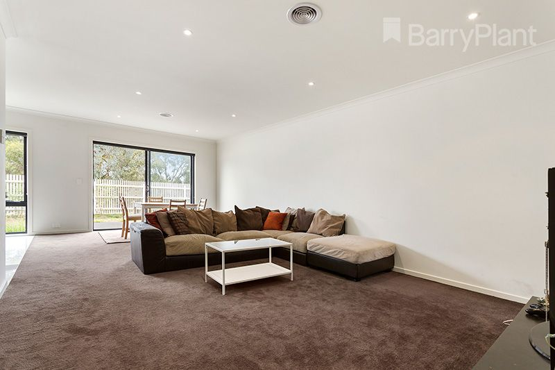 11 Greenwich Crescent, Bundoora VIC 3083, Image 1
