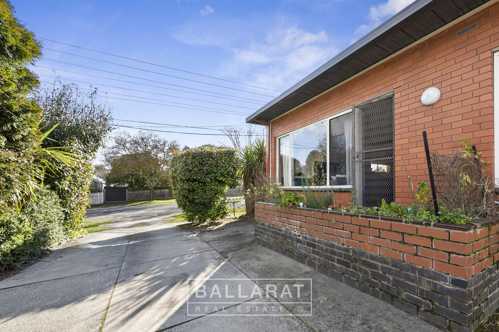 1/430 Ligar Street, Soldiers Hill VIC 3350, Image 0
