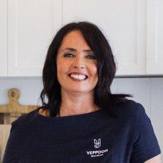 Leisa Richardson, Sales representative