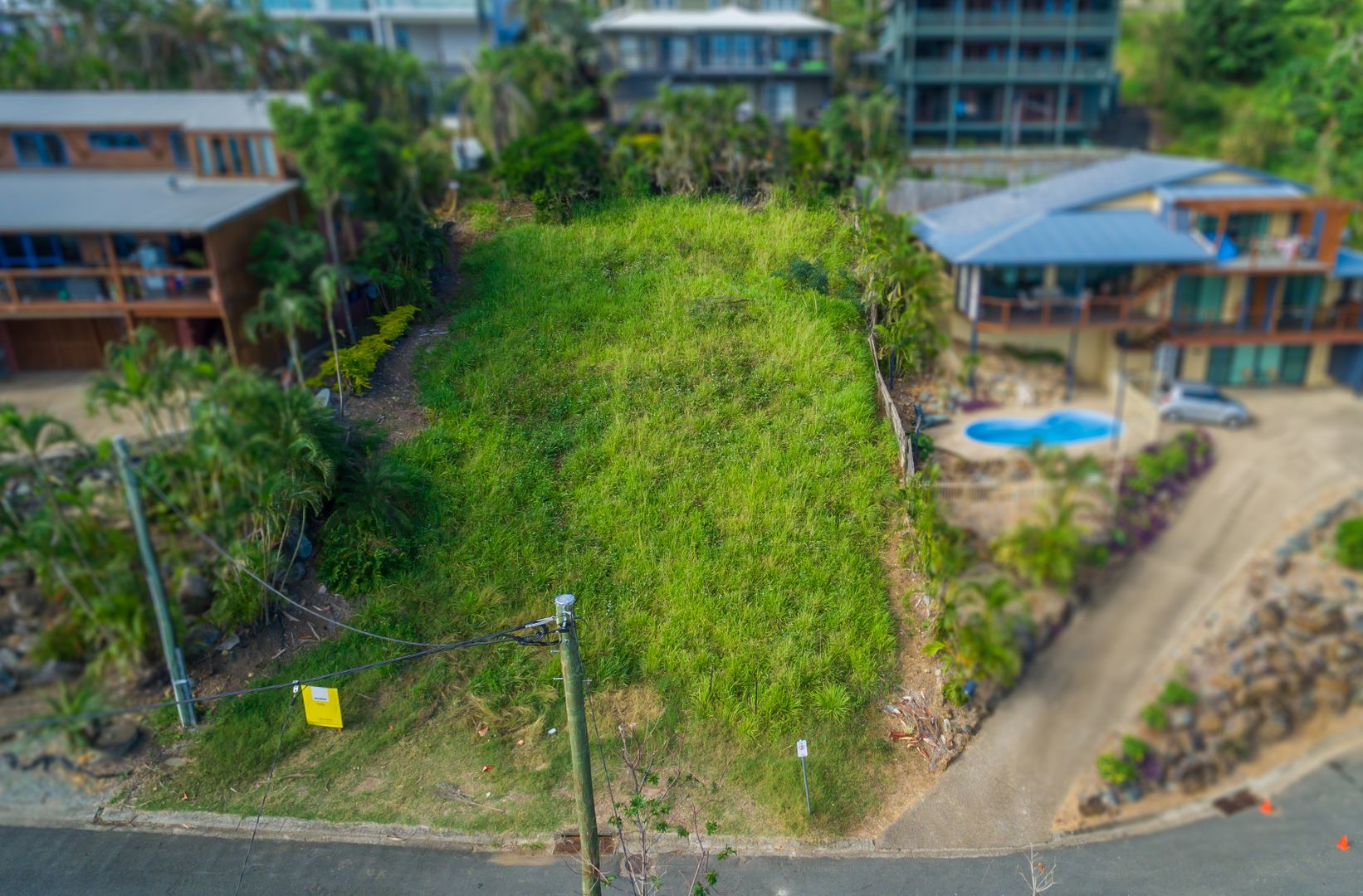 8 Airlie Crescent, Airlie Beach QLD 4802, Image 2