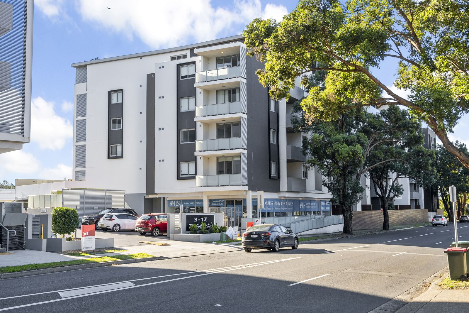 90/3-17 Queen St, Campbelltown NSW 2560, Image 0
