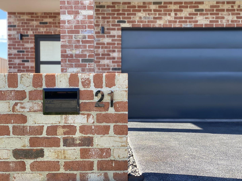 21 Fadden Street, Kiama NSW 2533, Image 1