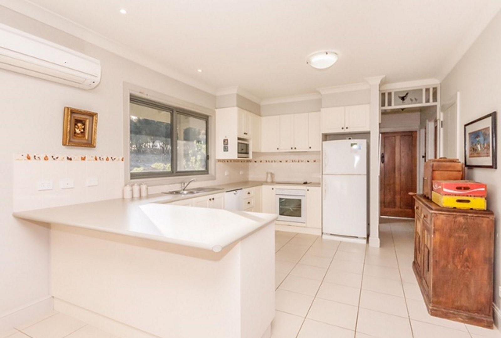 800 Shingle Hill Way, Gundaroo NSW 2620, Image 1