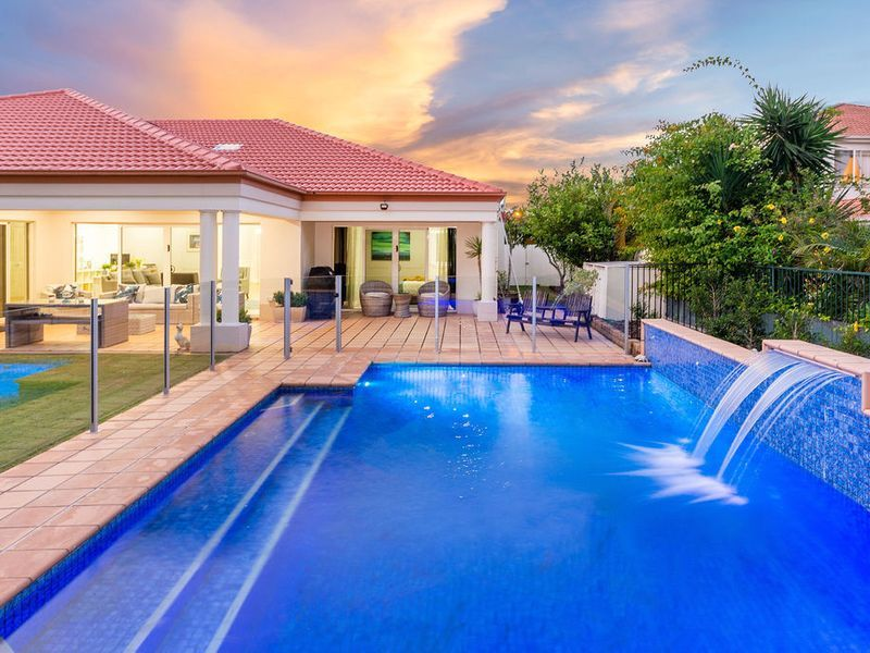 3189 Riverleigh Drive, Hope Island QLD 4212, Image 0