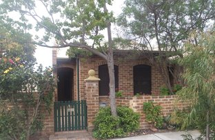 Picture of 1/43 Harvest Road, North Fremantle WA 6159