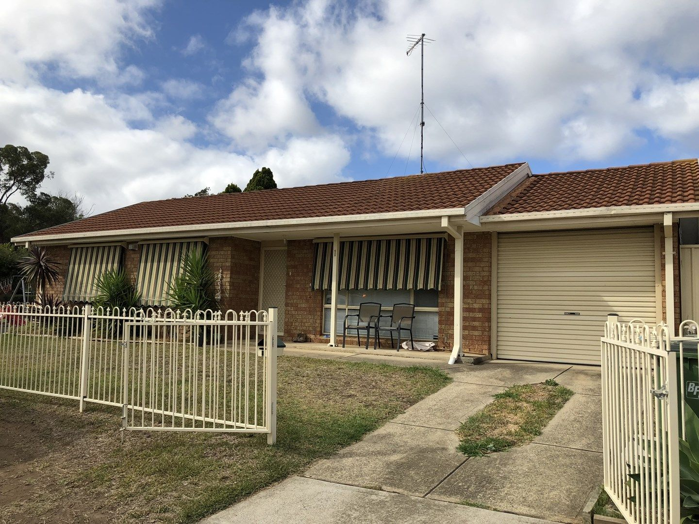 1 Kenny Close, St Helens Park NSW 2560, Image 0
