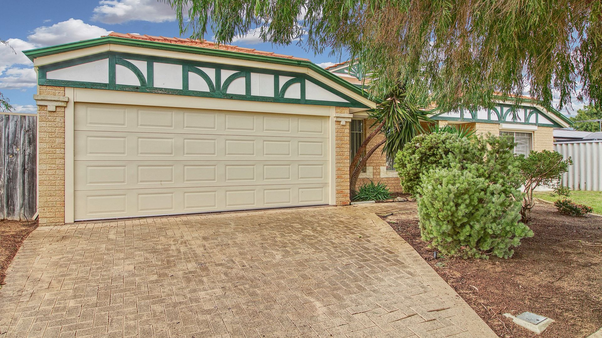 13 Royal Palm Drive, Warnbro WA 6169, Image 2