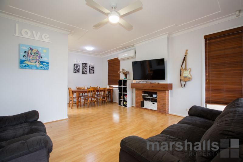4 Maxwell Avenue, Belmont North NSW 2280, Image 1