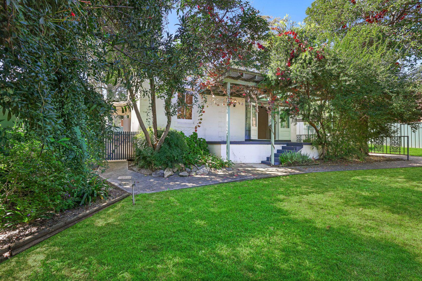 52 Dowell Avenue, East Tamworth NSW 2340