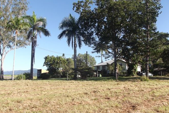 Picture of FINCH HATTON QLD 4756