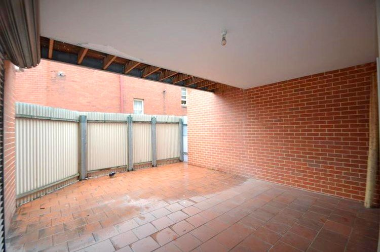 1/22 Glass Street, North Melbourne VIC 3051, Image 2