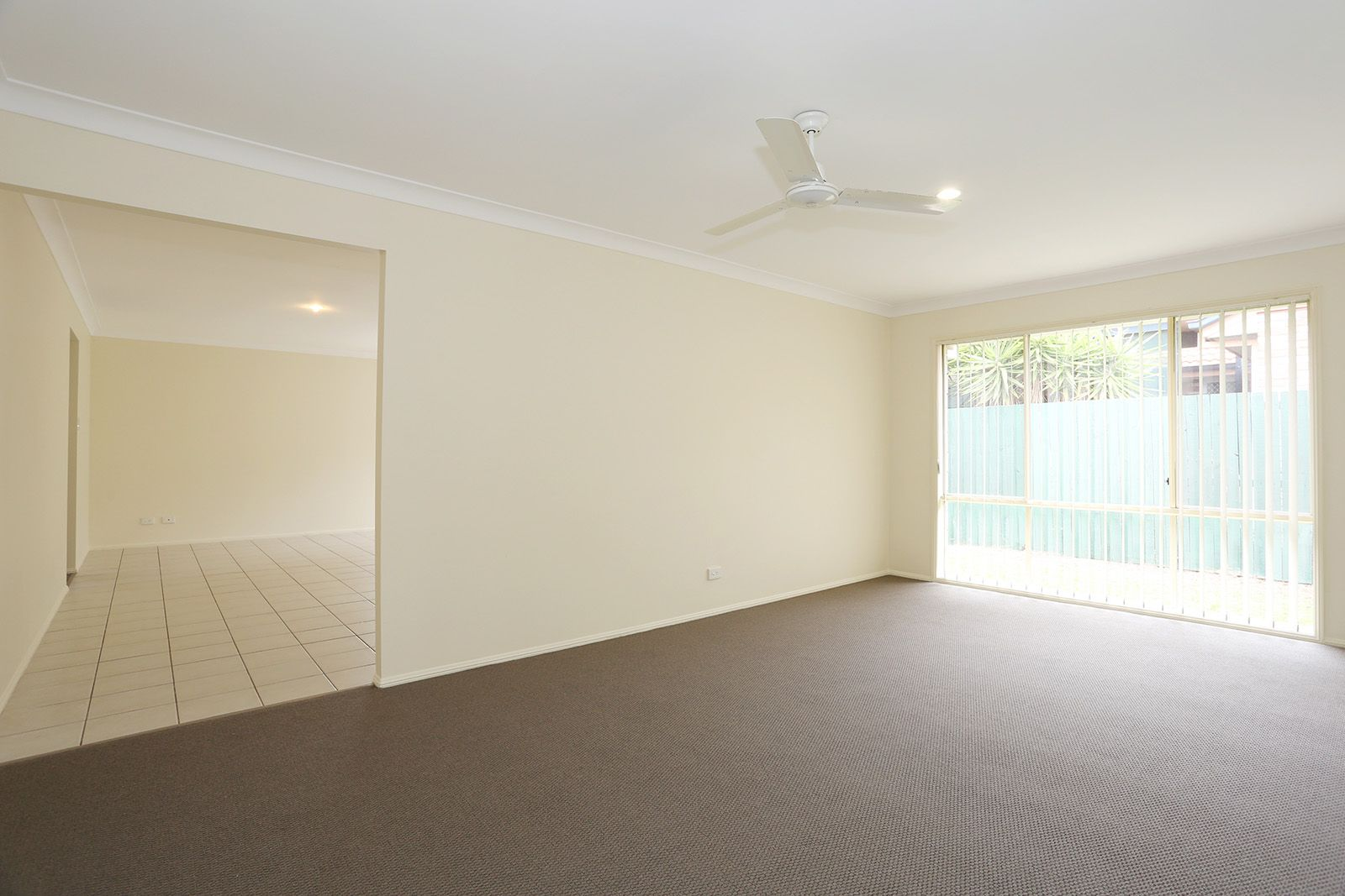 14 Gladebourne Crescent, Victoria Point QLD 4165, Image 1