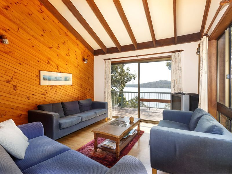105 Cove Boulevard, North Arm Cove NSW 2324, Image 2