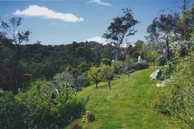 Picture of 35 Mannish Road, WATTLE GLEN VIC 3096