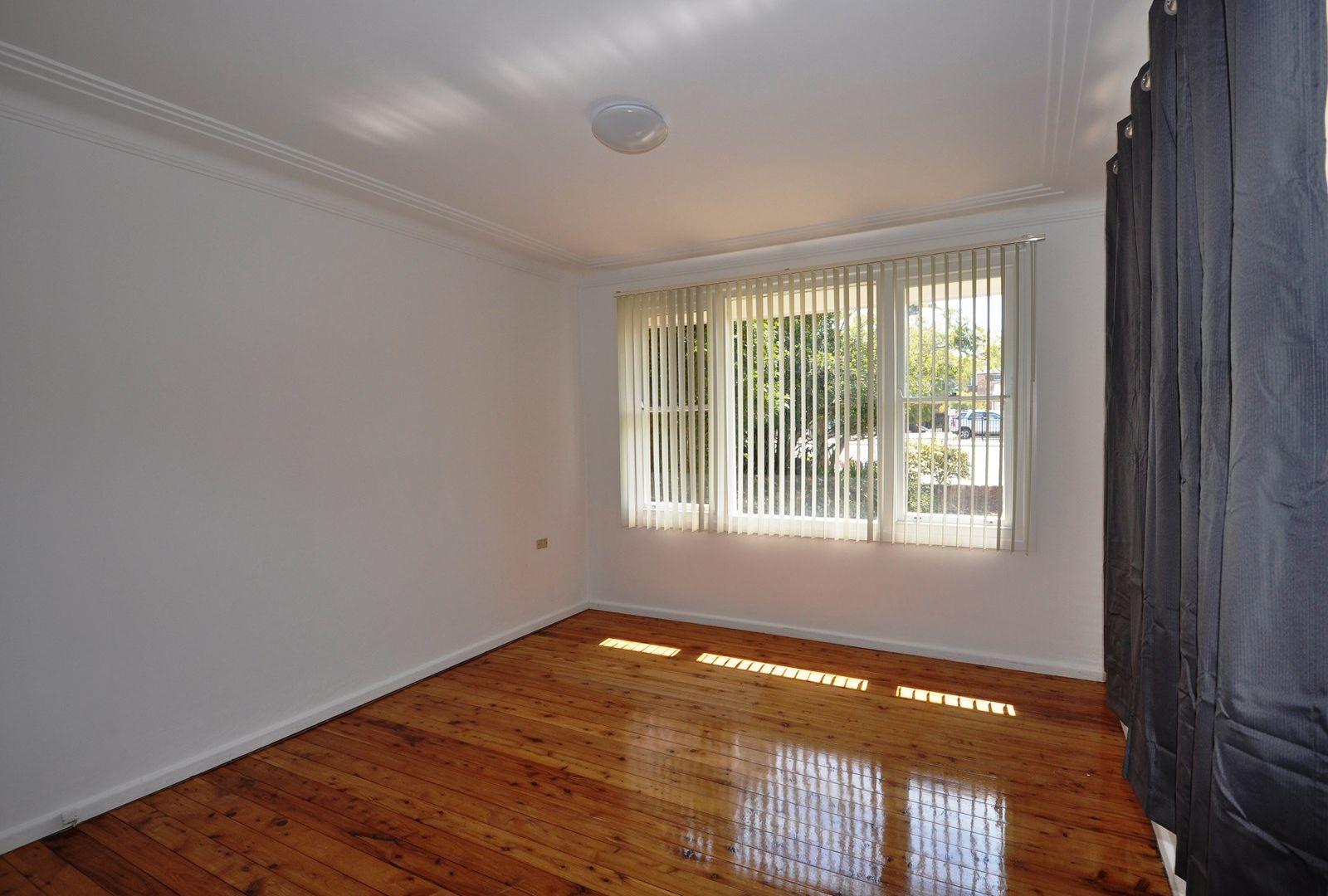 40B Frederick Street, Point Frederick NSW 2250, Image 2