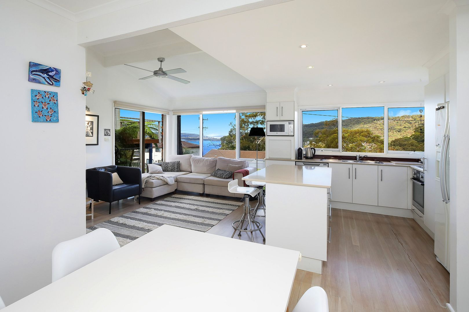 38 Sandstone Crescent, Tascott NSW 2250, Image 0