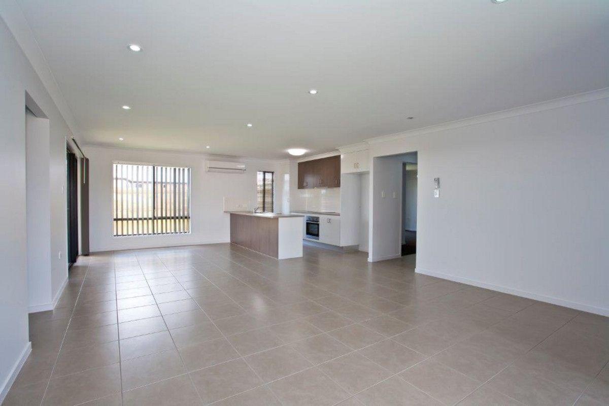 7 Kirkwood Street, Branyan QLD 4670, Image 2