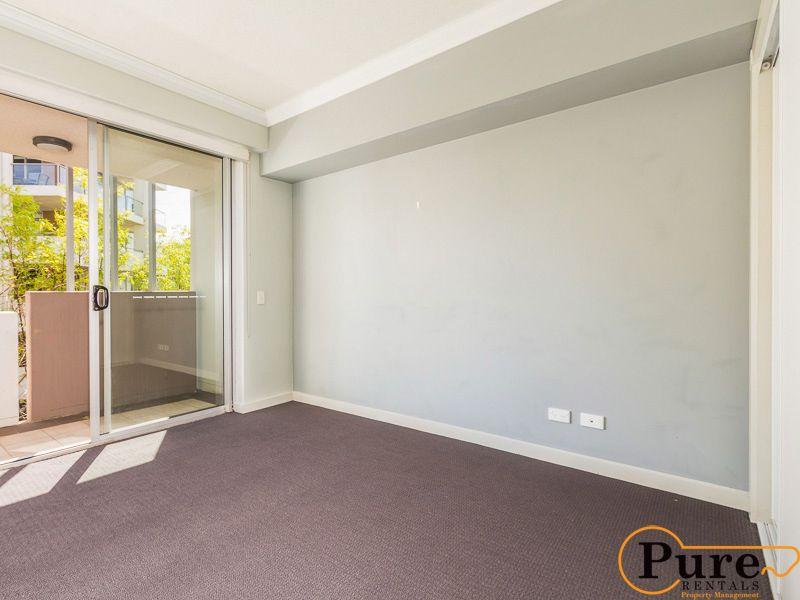 2401/141 Campbell Street, Bowen Hills QLD 4006, Image 2