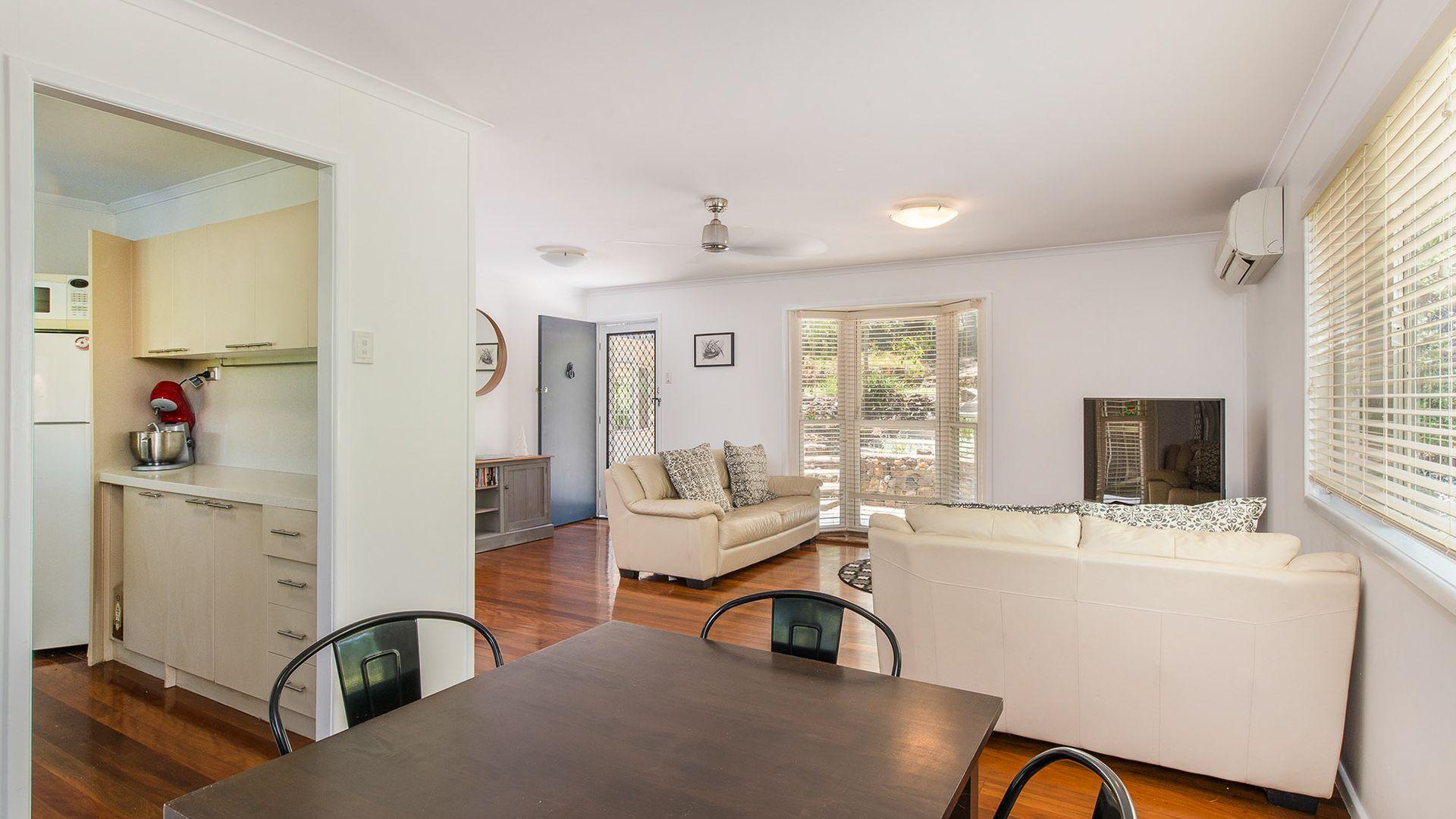 41 Vyner Street, Pinjarra Hills QLD 4069, Image 2