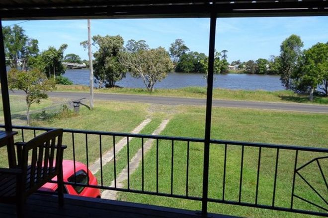Picture of 34 Bank Street, NORTH WOODBURN NSW 2471