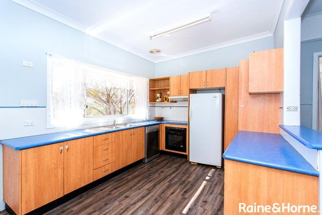 Picture of 27 Old Boorowa Road, COWRA NSW 2794