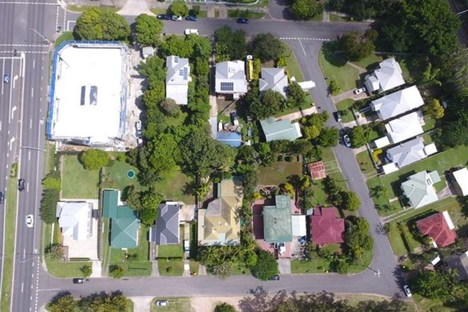 Picture of 870 Wynnum Rd, CANNON HILL QLD 4170