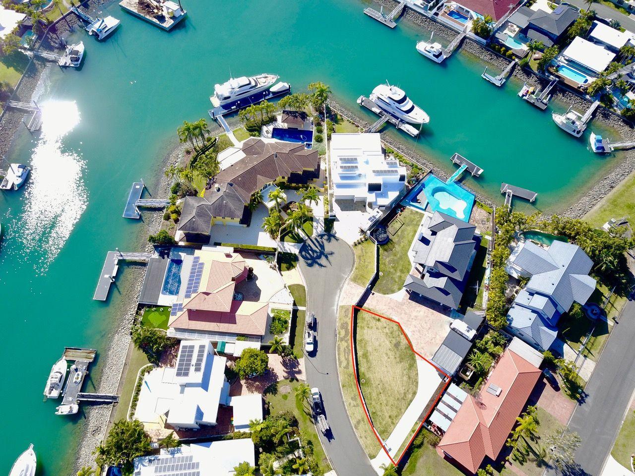 9 Binnacle Close, Raby Bay QLD 4163, Image 0