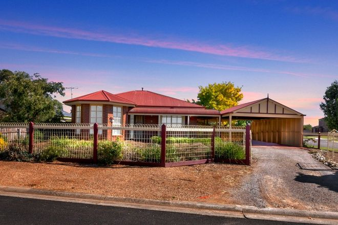 Picture of 9 Anthony Court, MELTON WEST VIC 3337