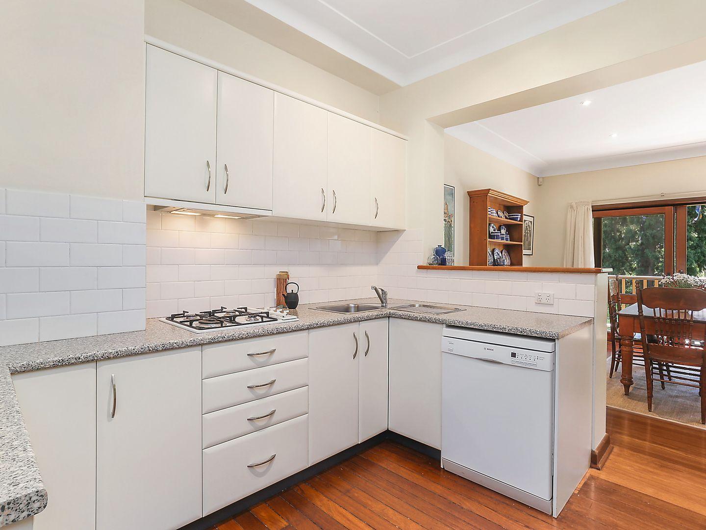 27 Buckingham Road, Killara NSW 2071, Image 2