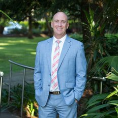 Luke Jeffree, Sales representative