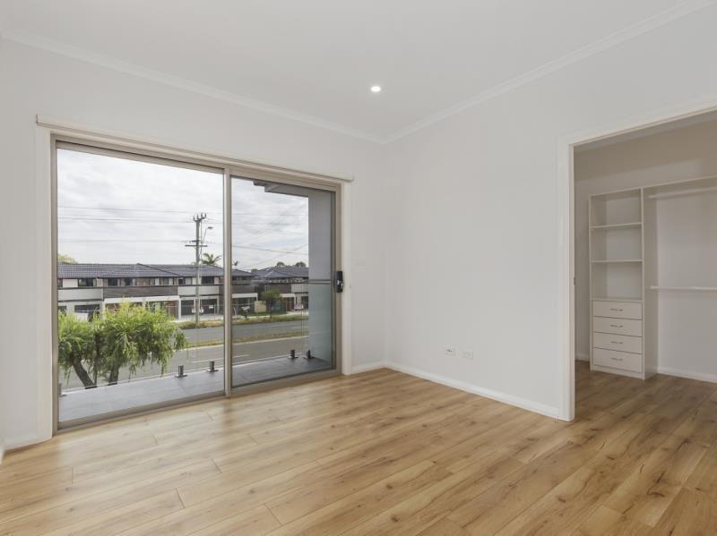 1/280 Newbridge Road, Moorebank NSW 2170, Image 2