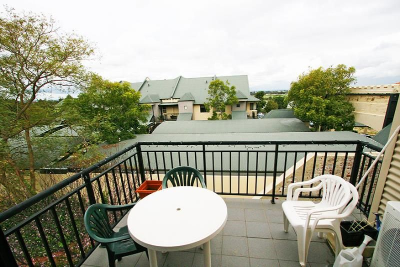 24/1 Thirlmere Rd, Mount Lawley WA 6050, Image 2