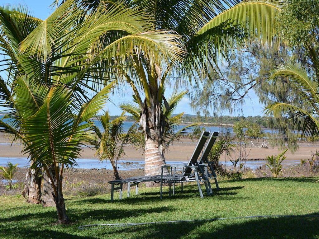 2 Baxter Avenue, Brisk Bay QLD 4805, Image 1