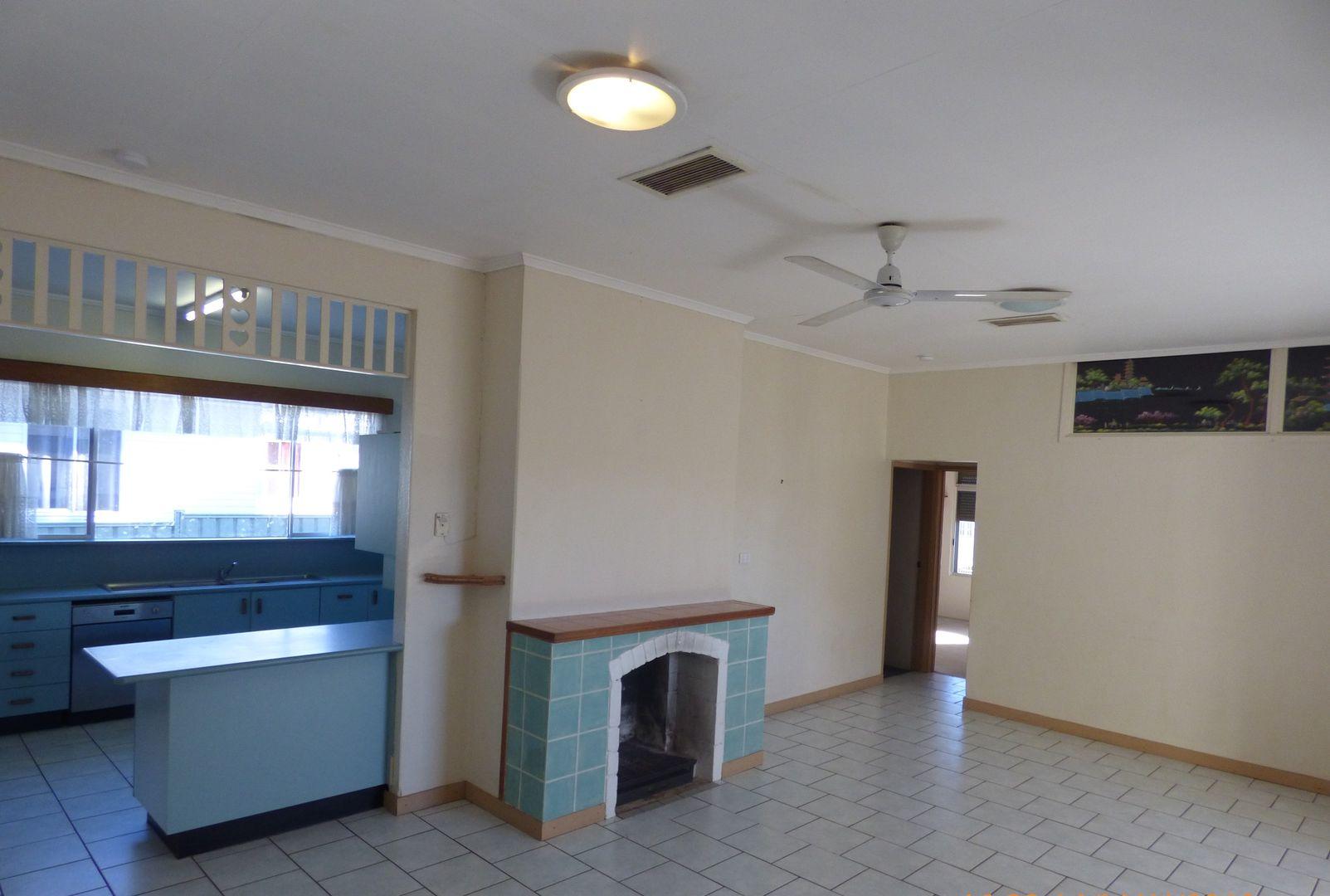 102 Fourth, Mount Isa QLD 4825, Image 2