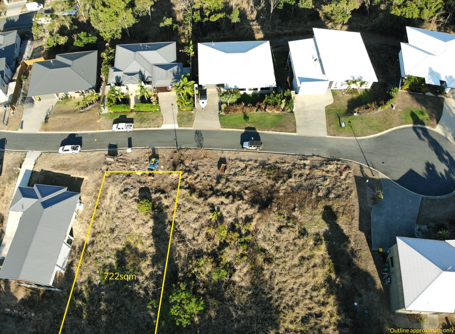 14 Scarlet Gum Crescent, Cannonvale QLD 4802, Image 2