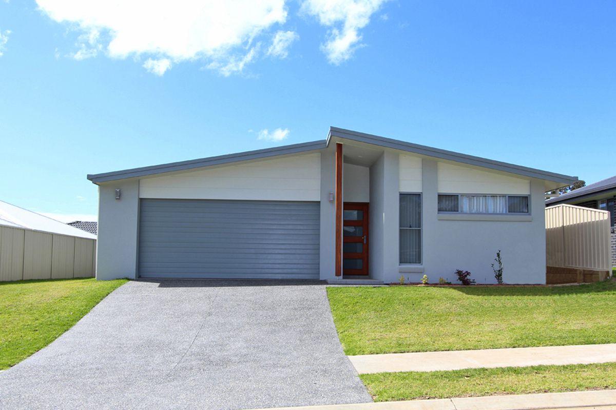 12 Solomon Drive, Lake Cathie NSW 2445