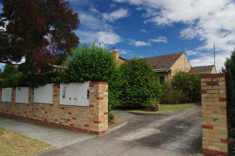 123 Tucker Road, Bentleigh VIC 3204, Image 0