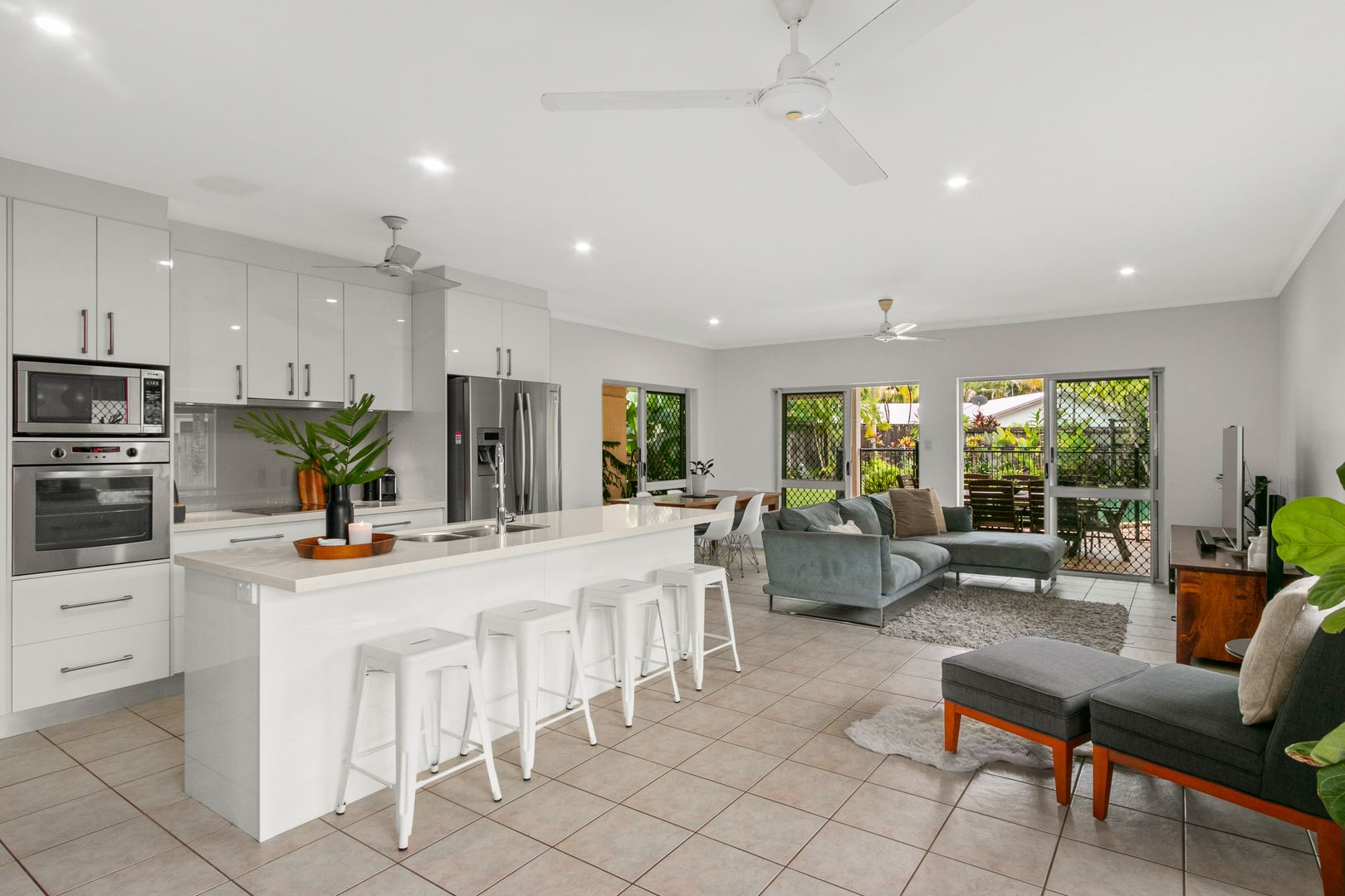 28 Bramble Street, Clifton Beach QLD 4879, Image 1