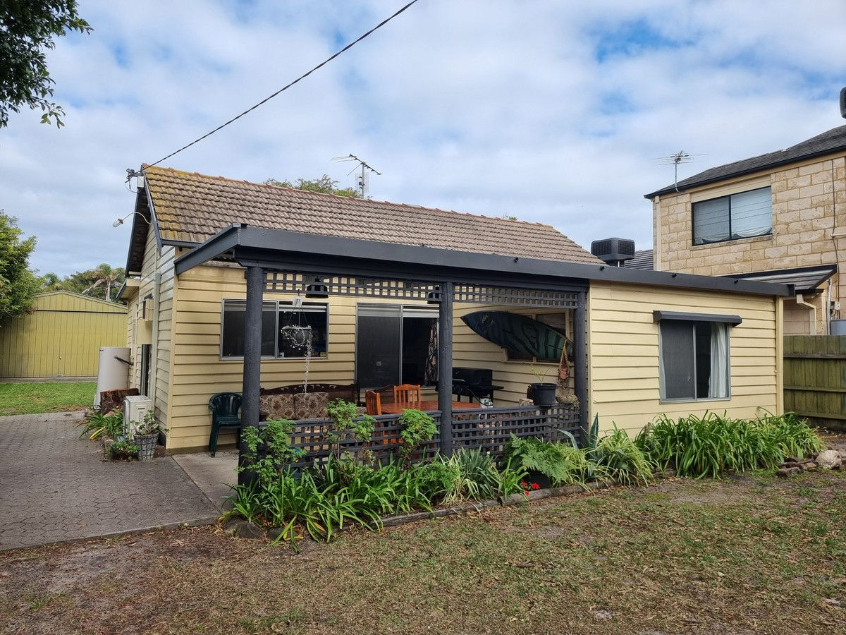 68 Roadknight Street, Lakes Entrance VIC 3909, Image 0