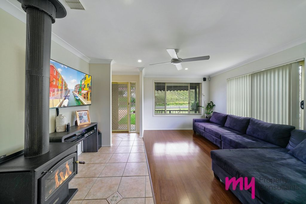 56 Carnarvon Street, Bow Bowing NSW 2566, Image 2
